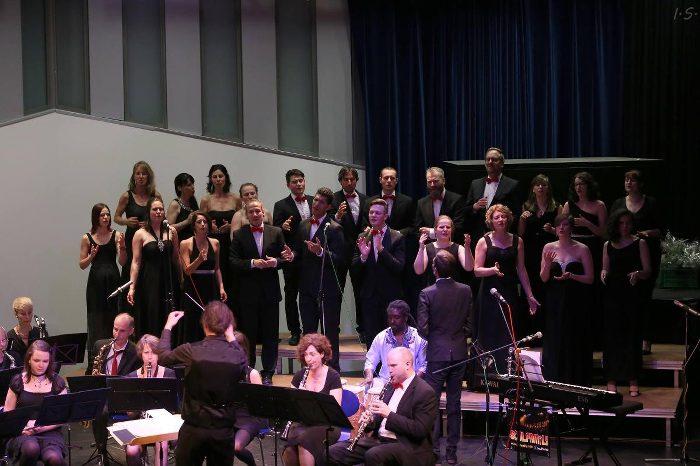Soulfamily und Musikverein Littenweiler auf der Bühne